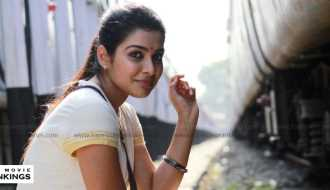 Satna Titus is all set to make her Mollywood debut soon